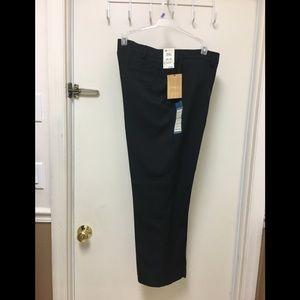 Haggar Pants NWT straight fit W36 L29 black slacks